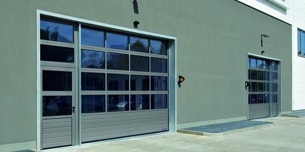 Portes sectionnelles industrielles aludecoration sp cialiste dans le travail de l 39 aluminium - Porte sectionnelle aluminium ...